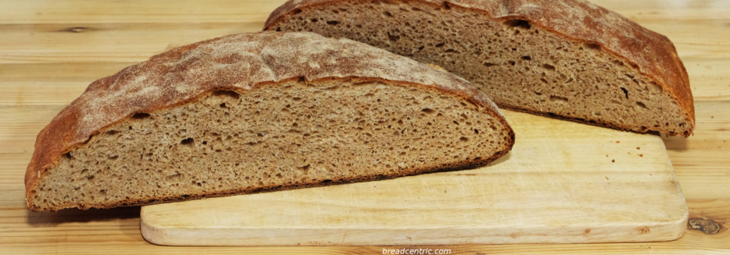 Spelt bread with honey - the crumb